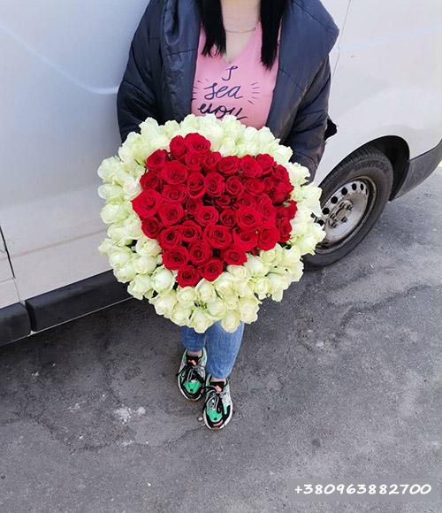 букет роз в форме сердце 101 роза