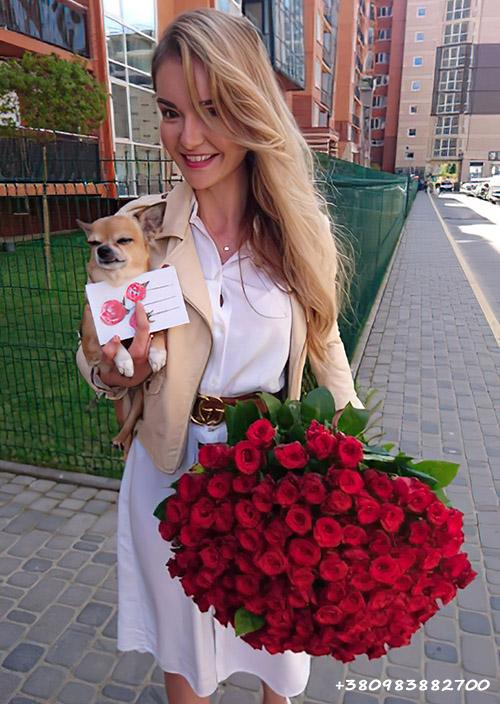 101 красная роза фото доставки